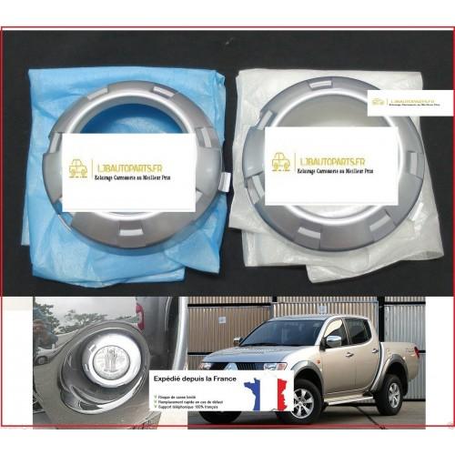 2 Entourages argentés antibrouillards avants Mitsubishi L200 de 2008 à 2010